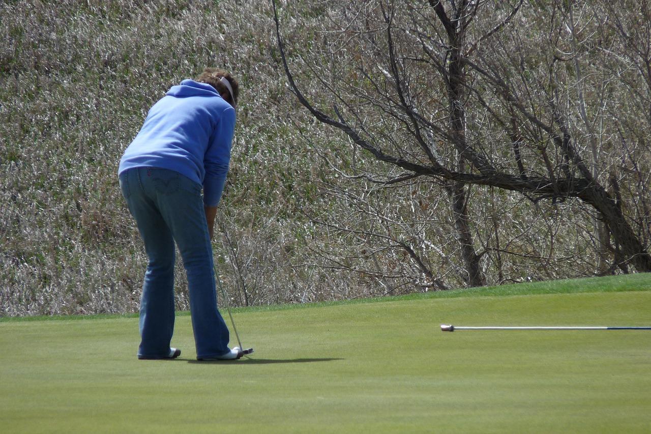 初心者向けのゴルフの学び方